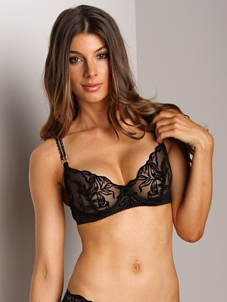Complete the look: Stella McCartney Florence Acting Underwire Bra Black