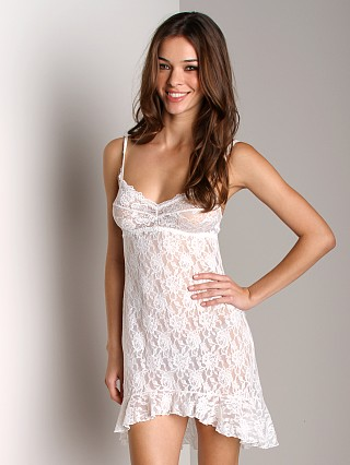 Complete the look: Hanky Panky Ruffle Chemise Marshmallow