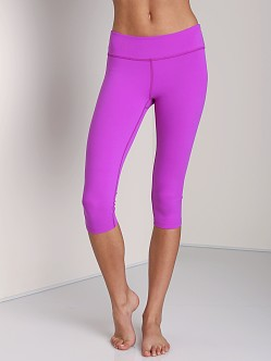 Beyond Yoga Essential Capri Legging Ultra Violet