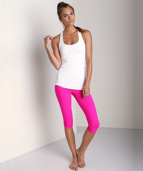 Beyond Yoga Essential Capri Legging Atomic Pink