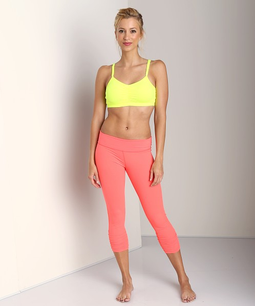 Beyond Yoga Essential Capri Gathered Legging Fire