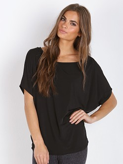Beyond Yoga Breathe Easy Slouchy Top Black