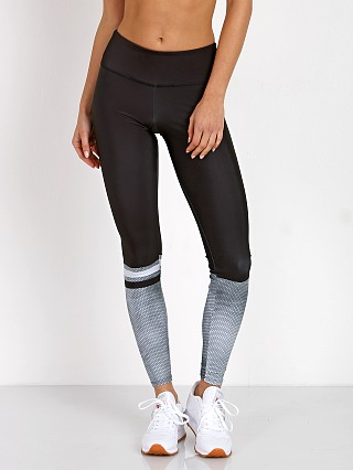 You may also like: Onzie Graphic Legging Hex