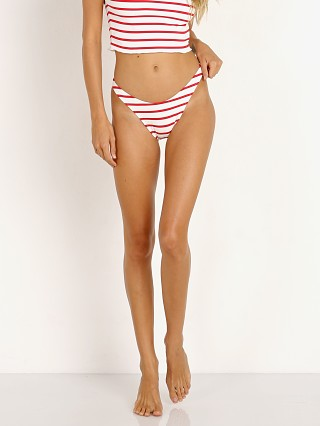 You may also like: Solid & Striped The Meghan Bottom Red Breton