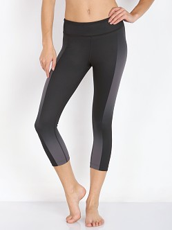 Under Armour Studio Artsy Capri Black Geo Ombre