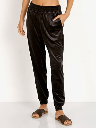 Onzie Velour Crop Pant Black