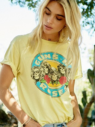 Model in lemon Daydreamer Guns N' Roses Welcome to the Jungle Tee