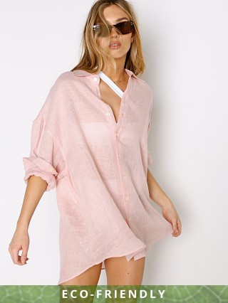 Model in sunkissed Vitamin A Eco Linen Playa Shirt Dress