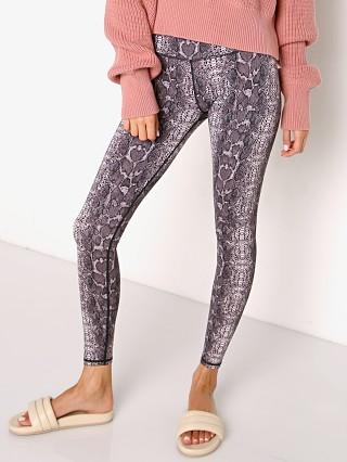 Model in blush boa Varley Luna Legging