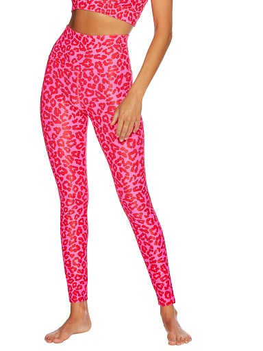 Model in leopard love Beach Riot Ayla Legging