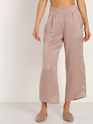 Complete the look: Stillwater The Olsen Crop Pant Nude