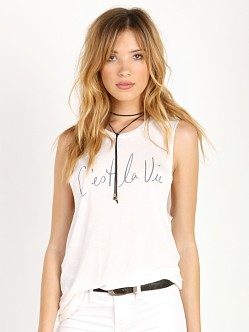 Stillwater The Scoop Neck Tee Cest La Vie White