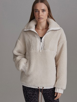 Model in eggnog Varley Appleton Jacket