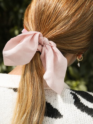 You may also like: Largo Drive Pink Silky Scrunchie