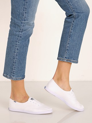 You may also like: Keds Chillax Seasonal Solid Sneaker White