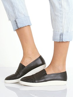 SOL SANA Tab Slip On Black
