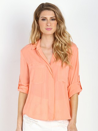 You may also like: Bella Dahl Split Back Button Down Sunkissed Coral