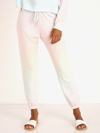 Complete the look: Onzie Weekend Sweatpant Dreamsicle