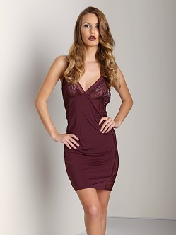 Calvin Klein BLACK Chemise Red Currant