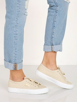 You may also like: Superga 2750 COTW Cafe Sneaker Noir/Full White