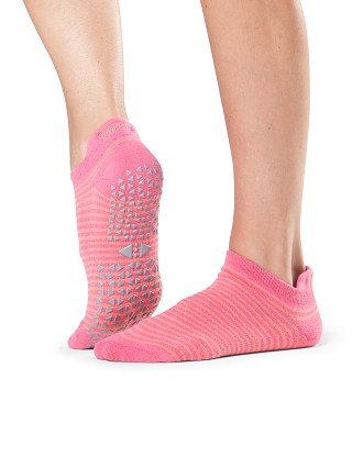 ToeSox Tavi Noir Savvy Barre Socks Rebel
