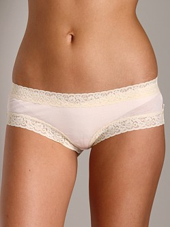 Undrest Signature Lace Girl Short French Pink