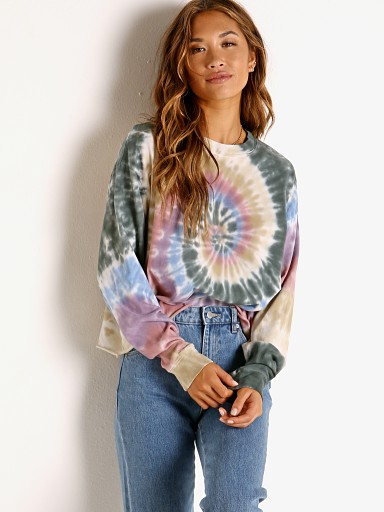 Model in autumn tie dye Daydreamer  Long Sleeve