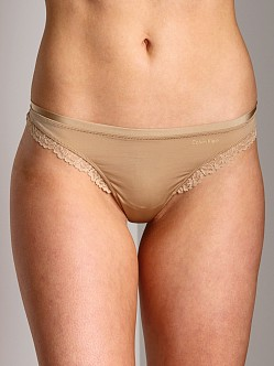 Calvin Klein Seductive Comfort With Lace Thong Dune
