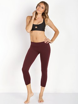 Beyond Yoga Essential Gathered Capri Legging Port