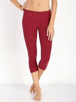 Beyond Yoga Spacedye Capri Legging Wildberry/Port Spacedye