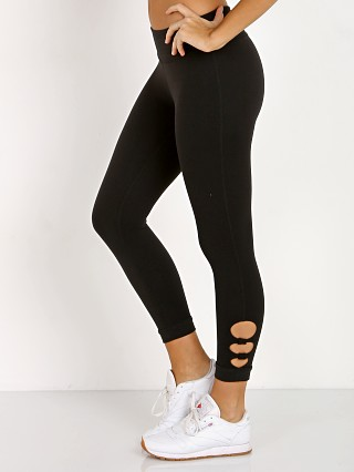 Beyond Yoga Full Circle Cut Out Capri Legging Jet Black