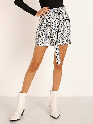 For Love & Lemons Claude Snakeskin Mini Skirt Blanc