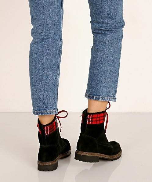 Blondo Pyper Waterproof Boot Black/Red Plaid