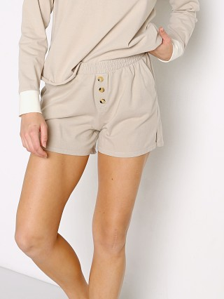 Model in stone DONNI. Henley Short