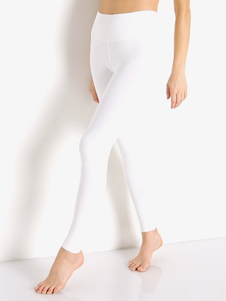 Model in white NUX One by One Legging