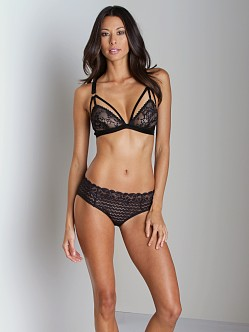 Lonely Cut Out Triangle Lace Bra Black
