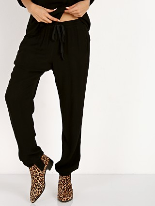 Complete the look: Bella Dahl Easy Sweat Pant Black