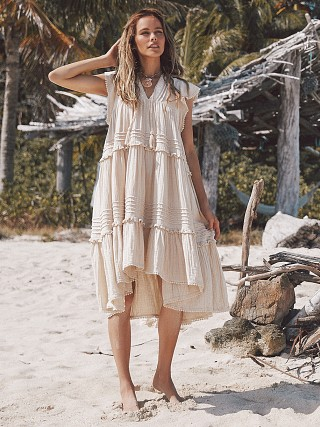 You may also like: Spell & The Gypsy Hanalei Midi Dress Sand