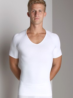 SPANX Zoned Performance V-Neck Shirt White